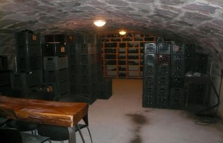 cave-de-stockage-des-bouteilles-gloeckler-brenner-vin-alsace