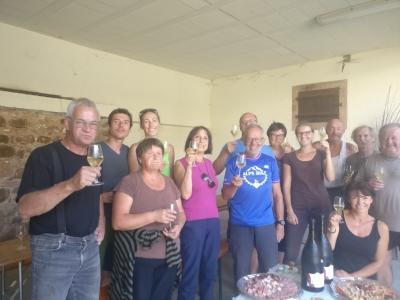 vendangeurs-repas-célébration-groupe-manuelle-à-la-main-équipe-vendanges-2018-domaine-gloeckler-brenner-vignoble-alsace
